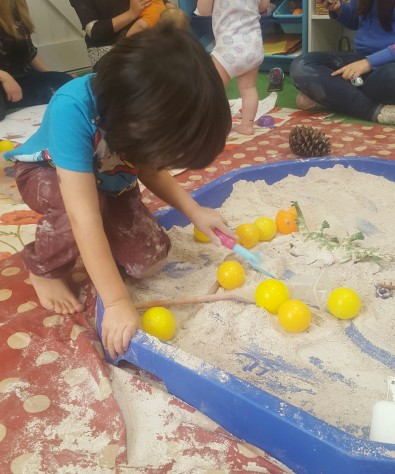 messy-play-at-the-art-garden